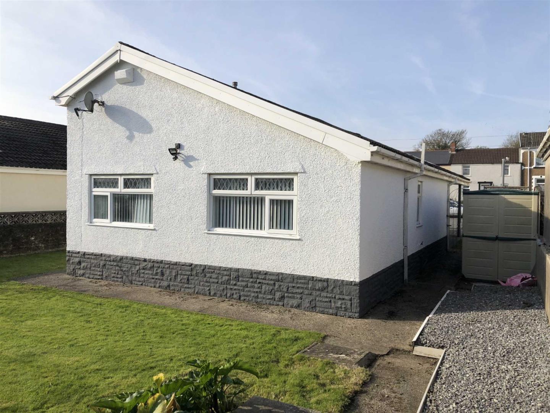 Llangyfelach Road, Treboeth, Swansea, SA5 9AU